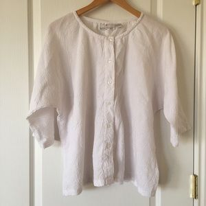 3/$25 Sacred Threads white crinkle buttoned top